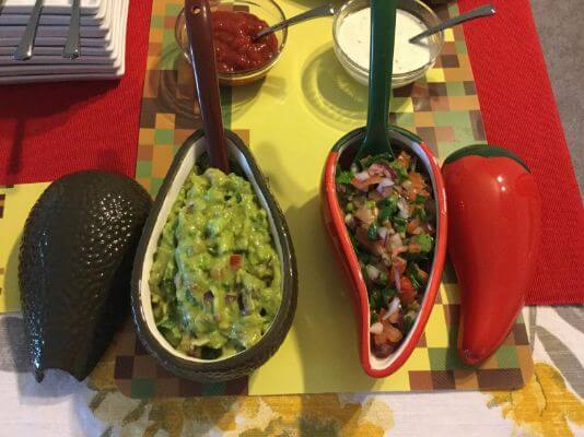 Guacamole & Sasla Serving Tray