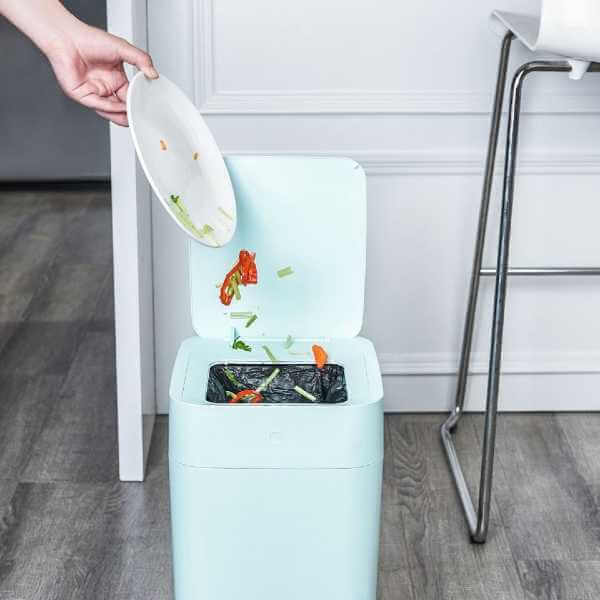 Trash Can for Kitchen