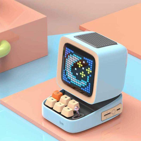 Retro Pixel Art Game Bluetooth Speaker