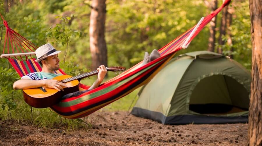 How to Camp in A Hammock